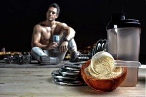 Ist Eiweiß zum Muskelaufbau zwingend notwendig?